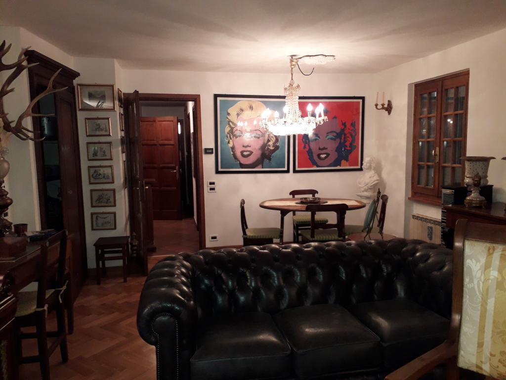 Ampio appartamento centro
