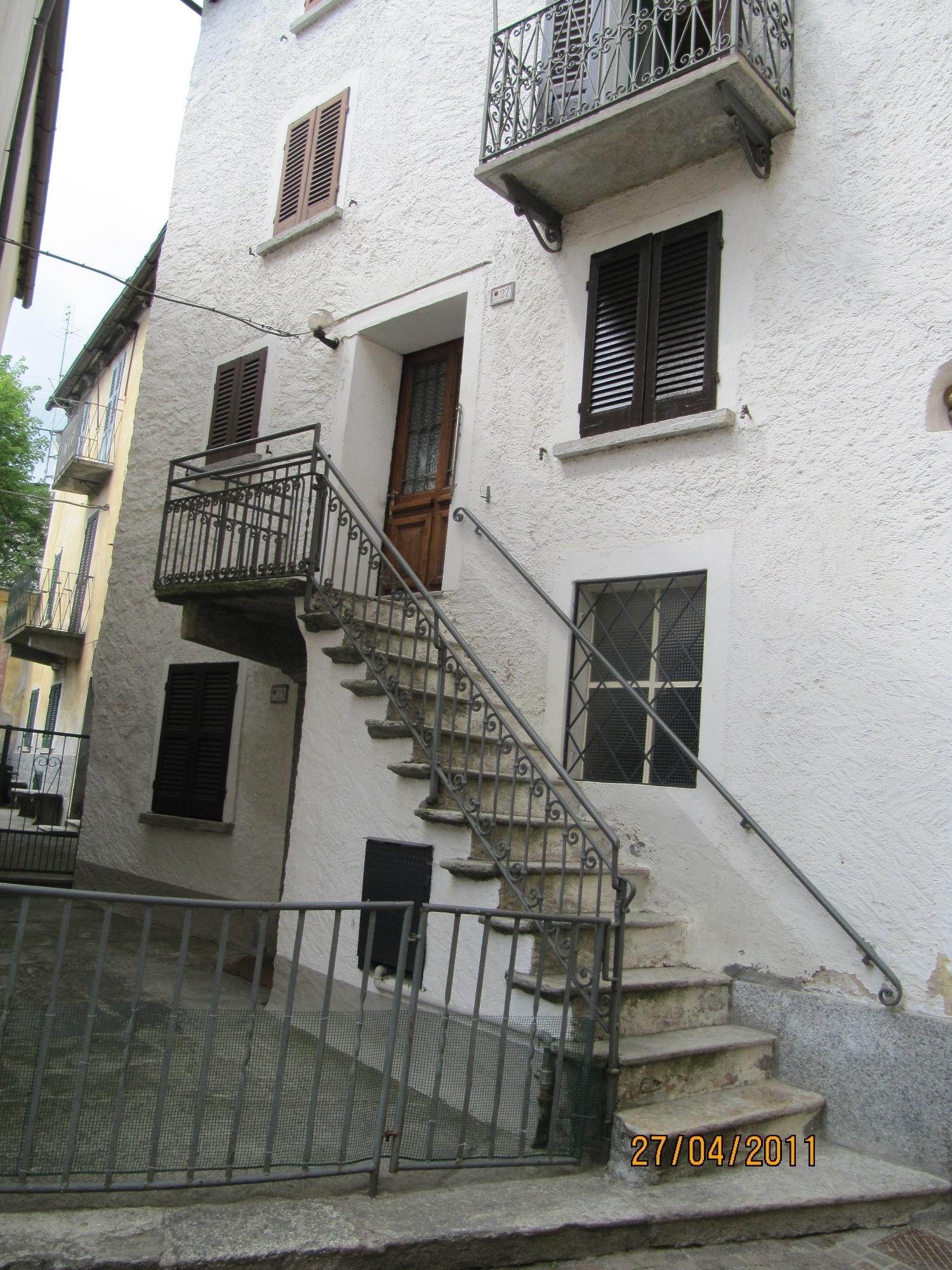 Appartamento su due piani nel cuore di Crana